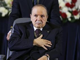 Photo de Bouteflika adresse une lettre aux Algériens