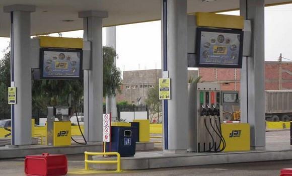 Photo de Blida : Réouverture de toutes les stations-services