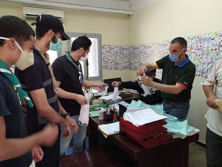Photo de Ouargla-Covid19: distribution de 100 000 bavettes aux citoyens