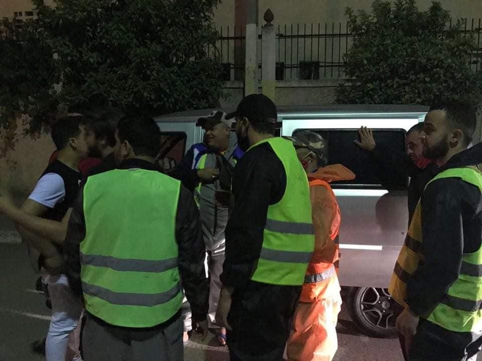 Photo de Covid-19: distribution gratuite des bavettes aux citoyens de Laghouat et d'Illizi