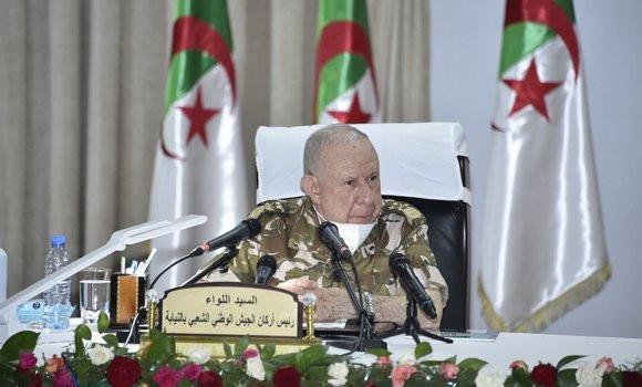 Photo de Chanegriha: consentir tous les efforts pour mettre en échec les tentatives hostiles à l'Algérie